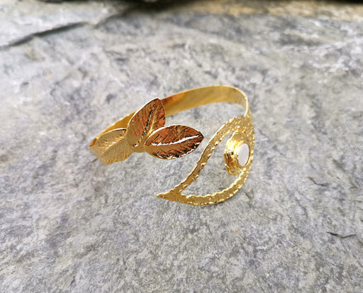Leaf Bracelet with Real Pearl Gold Plated Brass Adjustable SR60