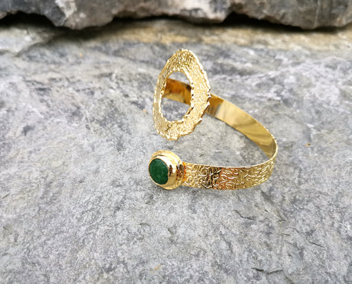 Bracelet with Green Gemstones Gold Plated Brass Adjustable SR66