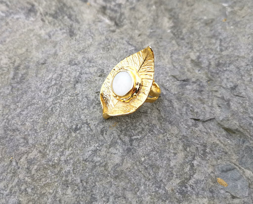 Leaf Shape Ring with Real Pearl Gold Plated Brass Adjustable SR102