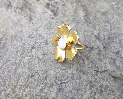 Flower Ring with Real Pearl Gold Plated Brass Adjustable SR104