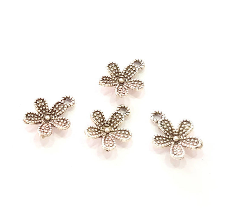 10 Silver Flower Charms Antique Silver Plated Charms (14x11mm) G8226