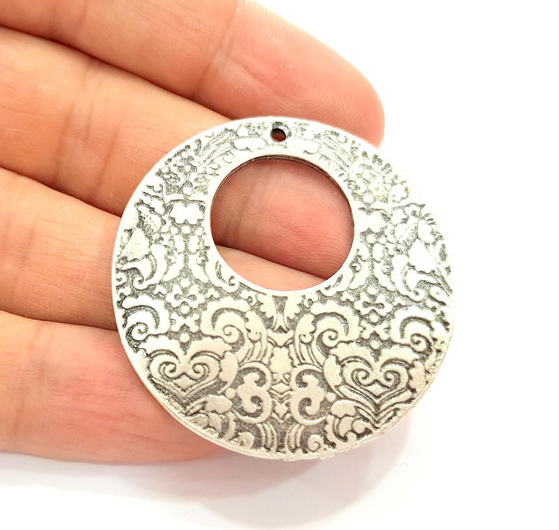 2 Silver Charms Antique Silver Plated Pendants (45mm) G8120