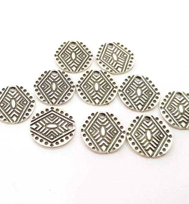 10 Silver Charms Antique Silver Plated Charms (16mm) G8547