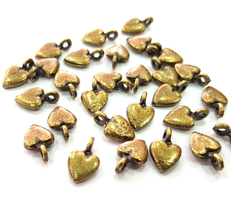 20 Heart Charm Antique Bronze Charm Antique Bronze Plated Metal  (11x7mm) G12596