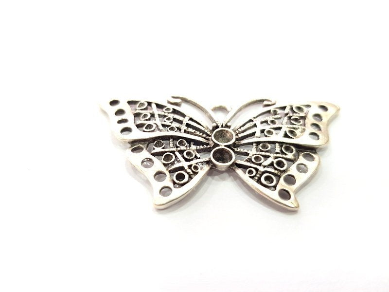 Butterfly Pendant Silver Pendant Antique Silver Plated Metal (58x32mm) G15503