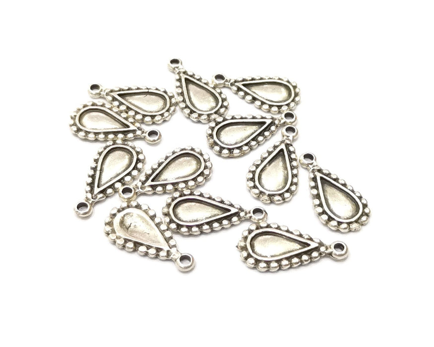 10 Teardrop Charms Antique Silver Plated Charms Double sided (20x10mm)  G16583