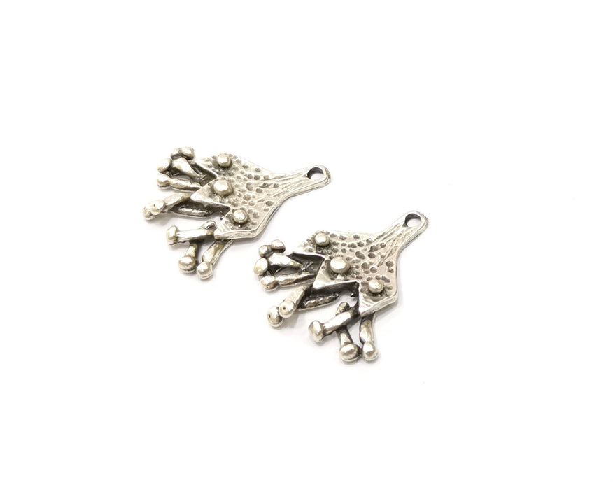 4 Silver Charms Antique Silver Plated Charms (30x26mm)  G16549
