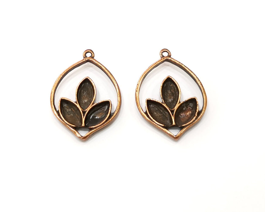 5 Leaf Charm Antique Copper Charm (28x20mm) G17619