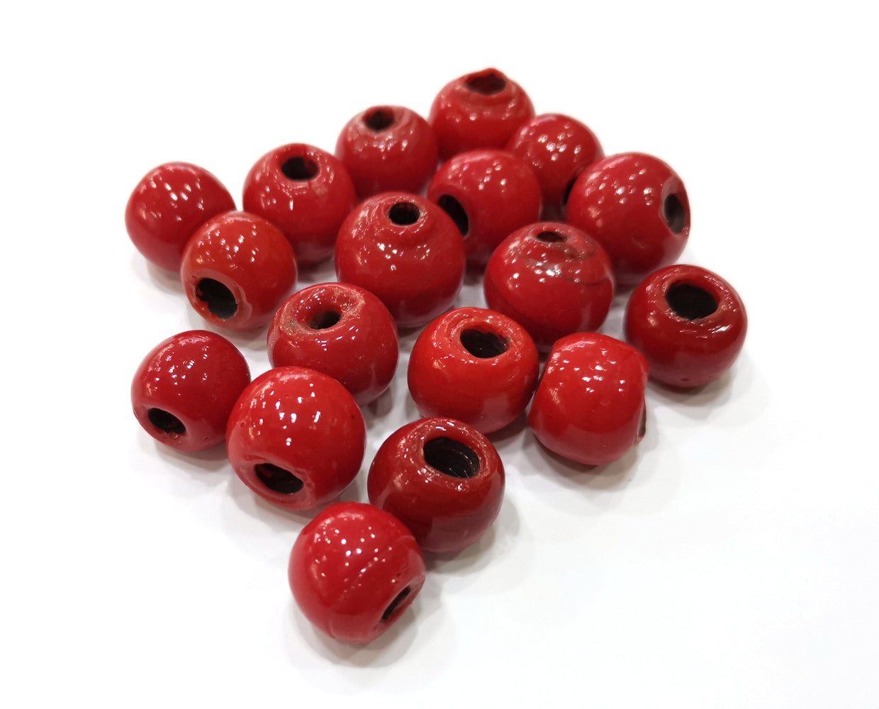 2 Round Red Glass Beads 18 mm (5.5mm beads inner size) G19031