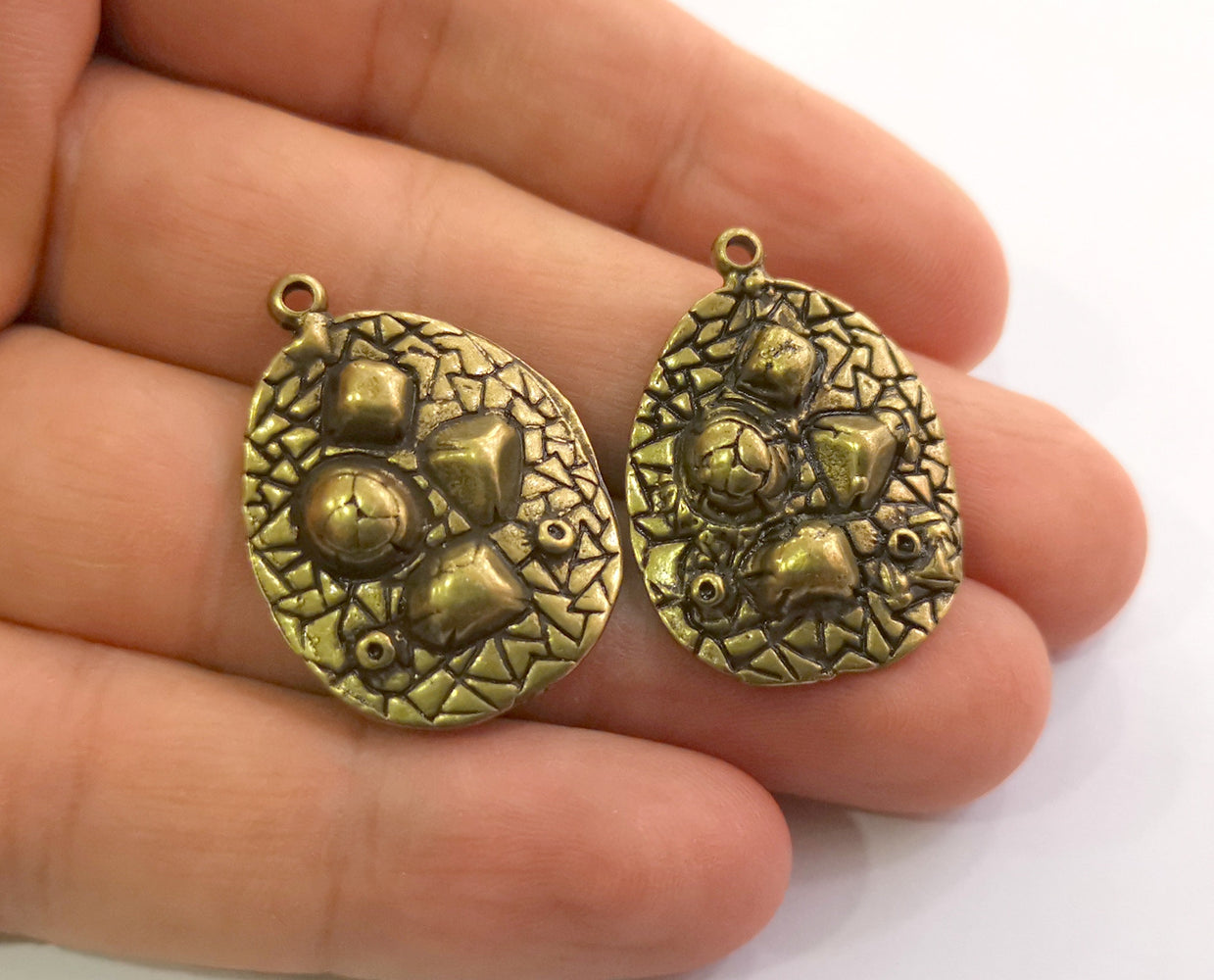 2 Antique Bronze Charms Antique Bronze Plated Charms (30x22mm)  G18606
