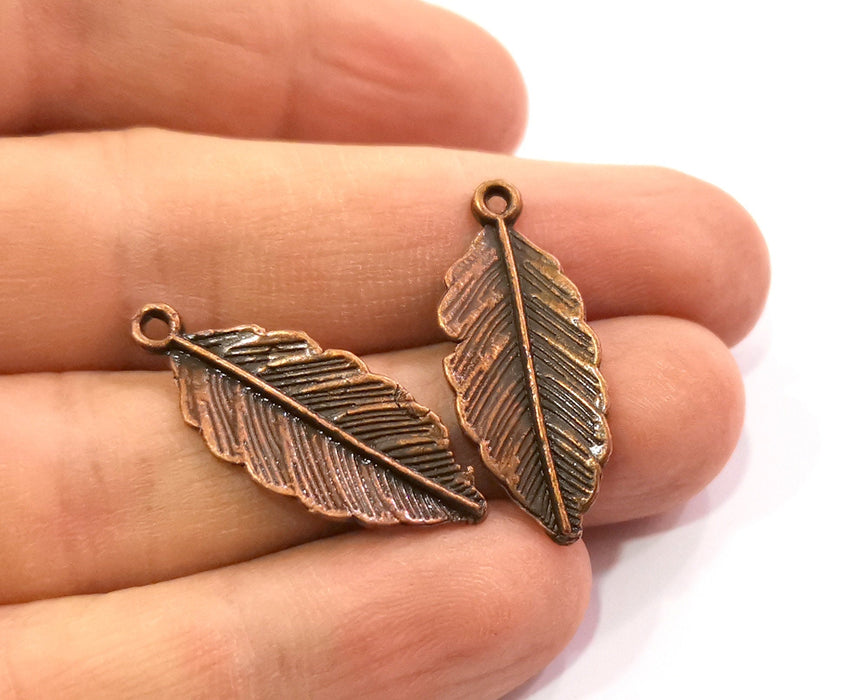 6 Feather Charms Antique Copper Plated Charms (30x12mm)  G19494
