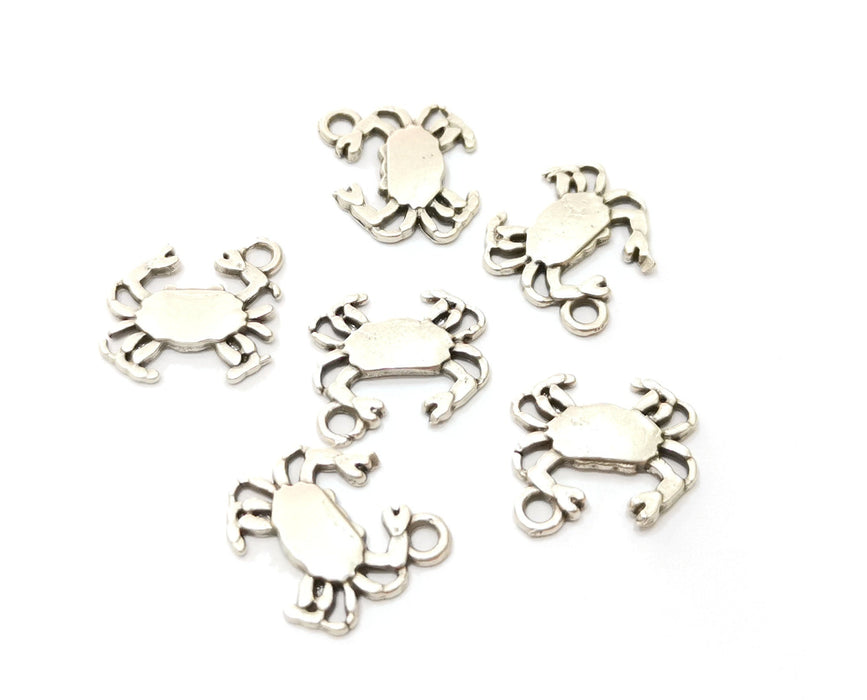 10  Crab Charms Antique Silver Plated Charms (15x16mm)  G19196