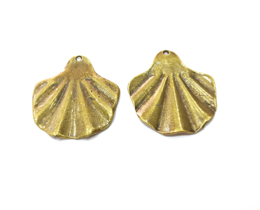 2 Sea Shell Charms Antique Bronze Plated Charms (42x38mm) G19276