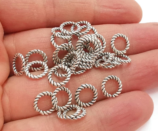 20 Twisted Circle Findings Antique Silver Plated Circle (10 mm)  G21001