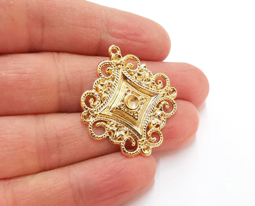 2 Gold Charms Cabochon Bezel Gold Plated Charms  (37x33 mm)  G21323