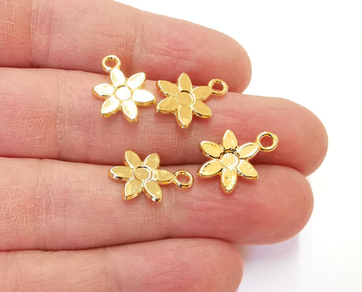 10 Flower Charms Shiny Gold Plated Charms (17x12mm)  G21339