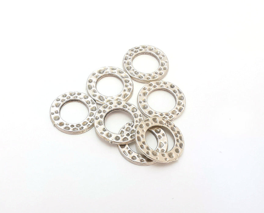 10 Hammered Circle Antique Silver Plated Findings (15mm) G21544