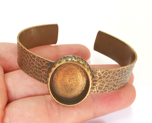 Bracelet Blank Resin Cuff Dry Flower inlay Blank Cuff Bezel Glass Cabochon Base Hammered Adjustable Antique Bronze (25x18mm ) G23150