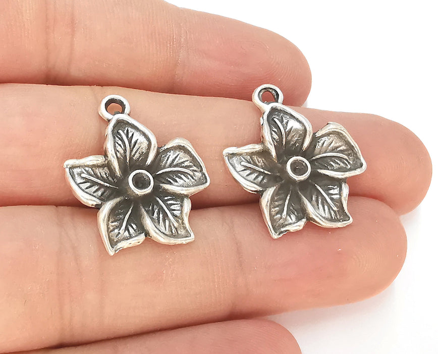 4 Flower Charms Bezel Blank Antique Silver Plated Charms (25x22mm)  G23160