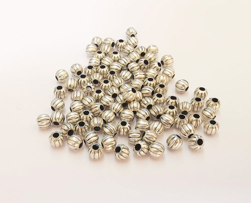 20 Silver Round Beads Antique Silver Plated Beads (5mm) G23124
