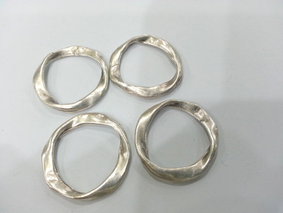 4 Silver Circle Connector Antique Silver Plated Connector  (28 mm)  G10699