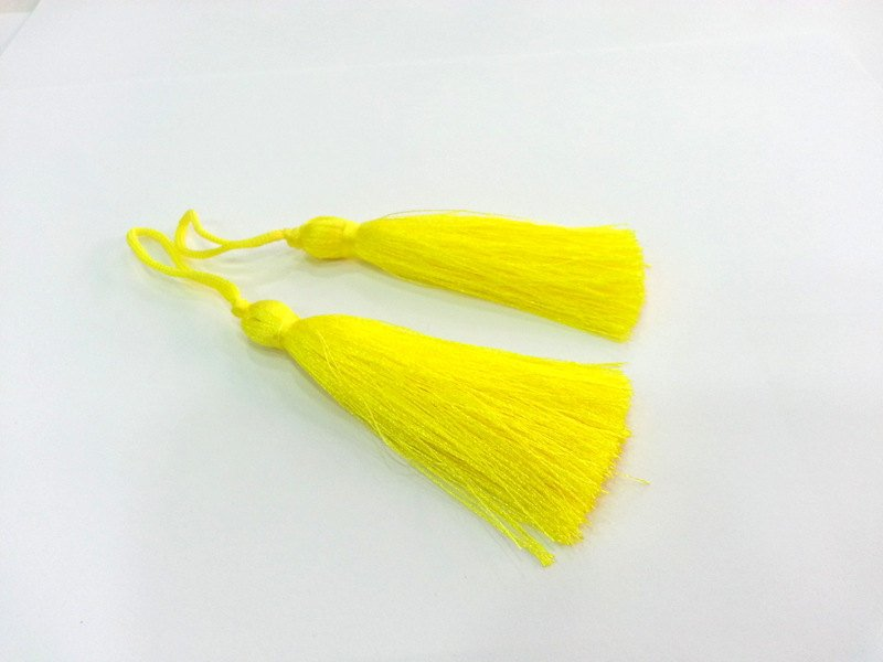 2 pcs (78 mm - 3 inches)  Light  Yellow  Tassel ,   G12924