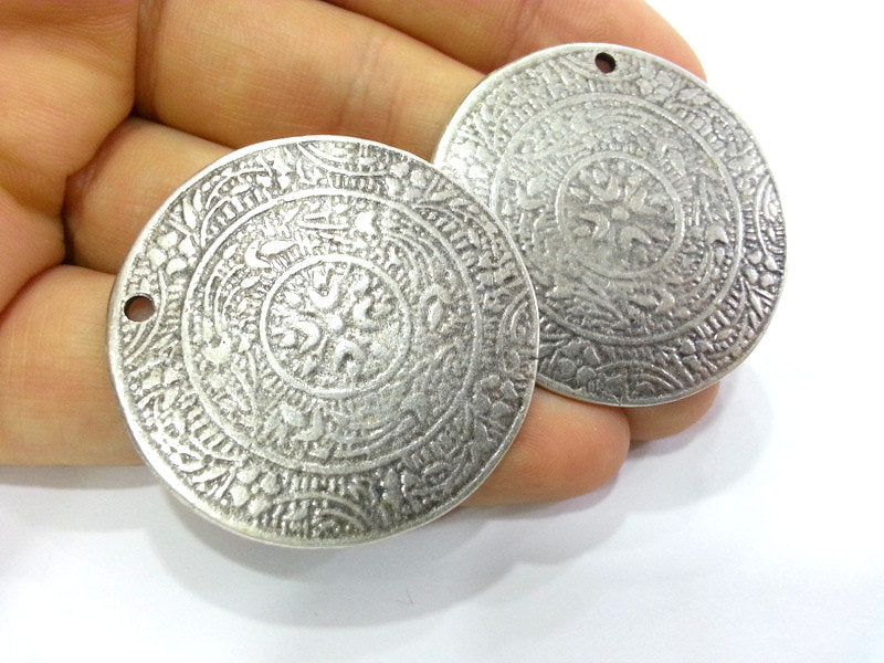 2 Silver Medallion Pendants  Silver Plated Pendant (38 mm)  G3019