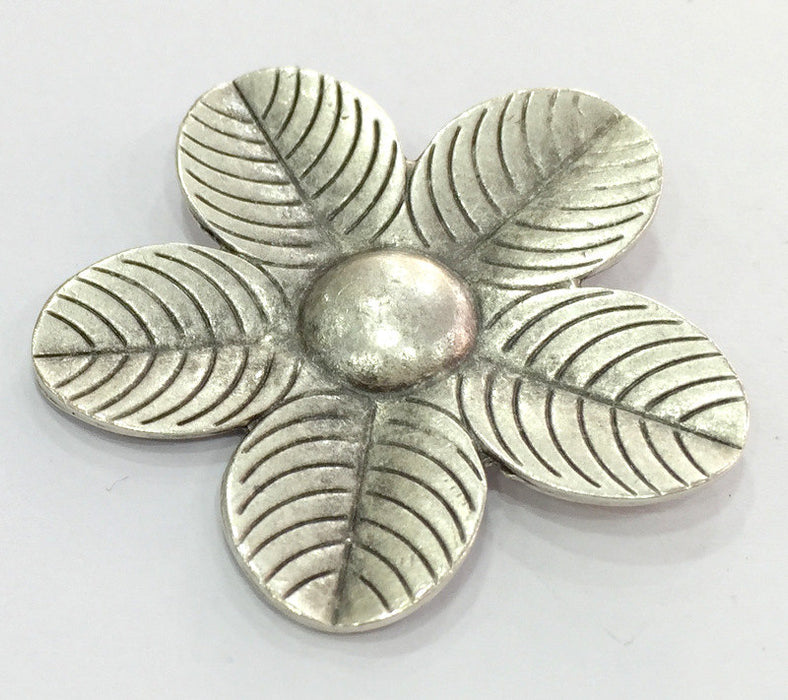 Flower Pendant Antique Silver Plated Metal 50mm   G5179