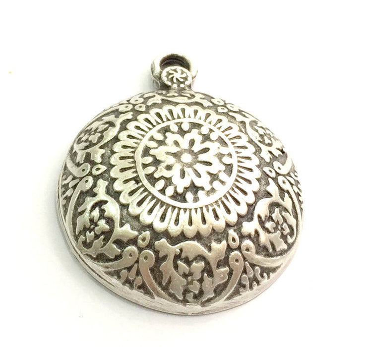 Antique Silver Tribal Pendants (44x36mm) Antique Silver Plated Metal  G9777
