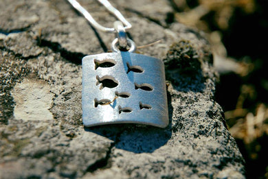 School of fish silver necklace