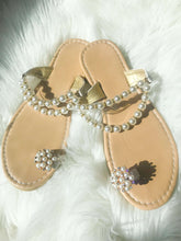 Load image into Gallery viewer, Beaded Design Toe Ring Casual Sandals