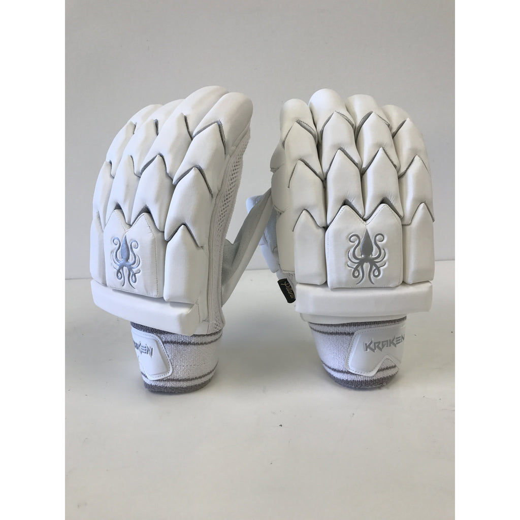 Kraken Limited Edition Batting Gloves 2018/19