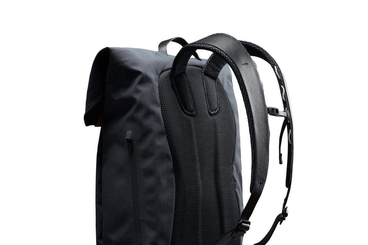 Bellroy Apex Backpack - Onyx