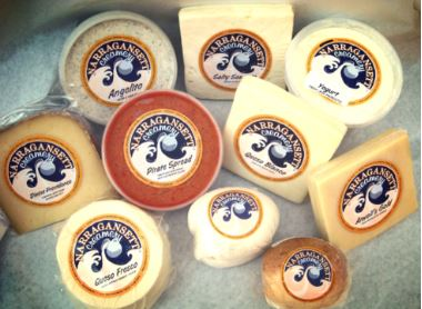Cheese, Atwell's Gold, 8oz. Narragansett Creamery