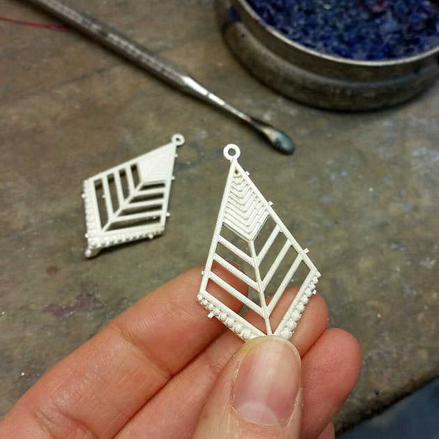 Making the Starburst Diamond Earrings
