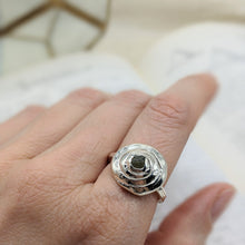 Load image into Gallery viewer, Medium Spiral Sapphire Ring