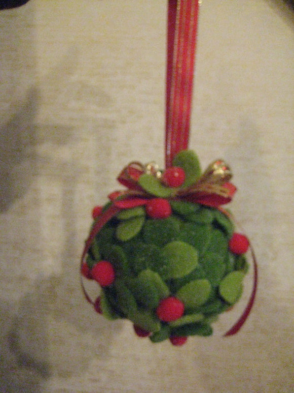 Handmade Felt Mistletoe Christmas Kissing Ball