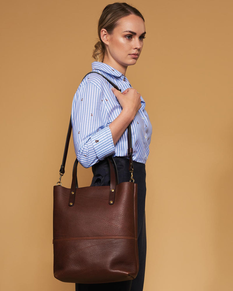 Blue & Grae ELCHO Crossbody Tote Brown 2019
