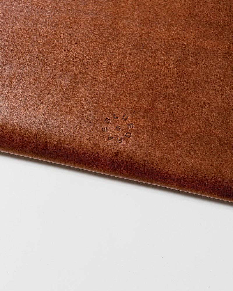 Blue & Grae MAUDE Macbook Sleeve Brown 2019