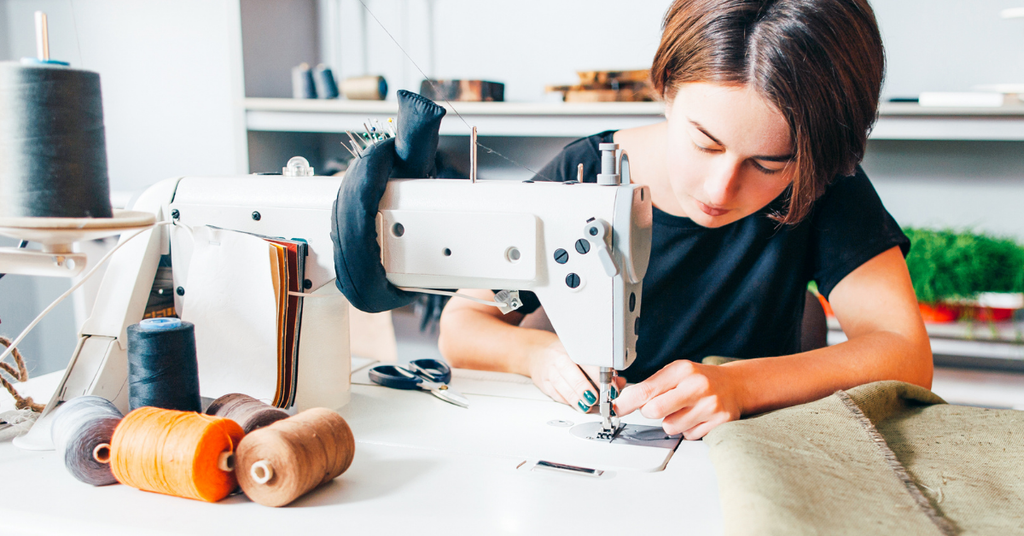 How to Find the Perfect Clothing Manufacturer for Your Business (Step-by-Step Guide)