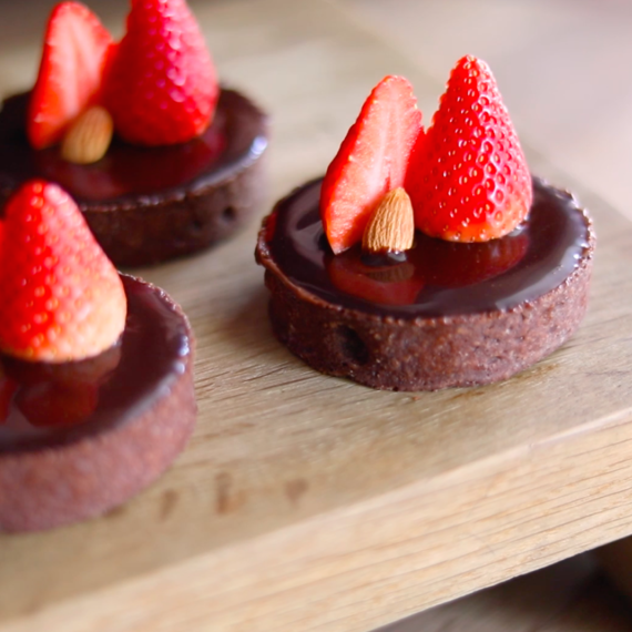 Dark Chocolate Praline Tarts
