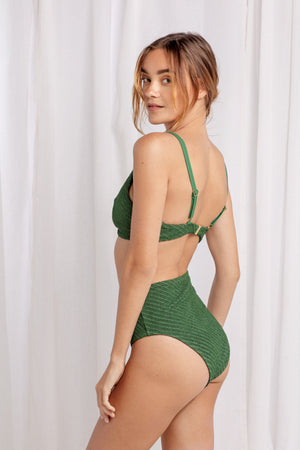 Charlotte Bottom in Palm