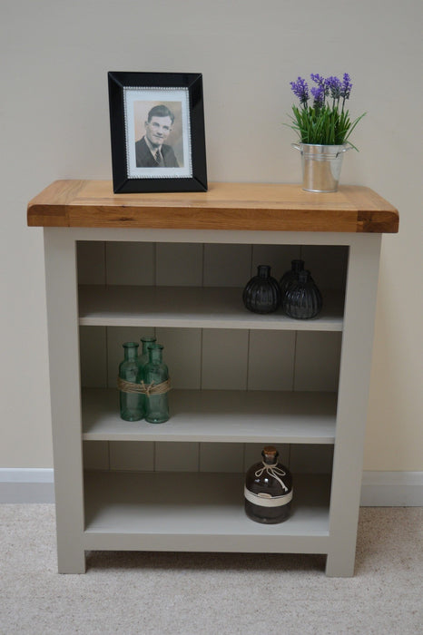 BISHOP PAINTED OAK LOW / SMALL BOOKCASE