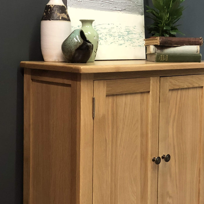 Grange Oak Linen Cupboard
