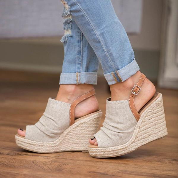 Sandalsvibe Dazzlingly Tall Wedge Sandals