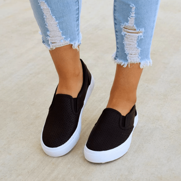 Sandalsvibe Slip On Running Flat Sneakers