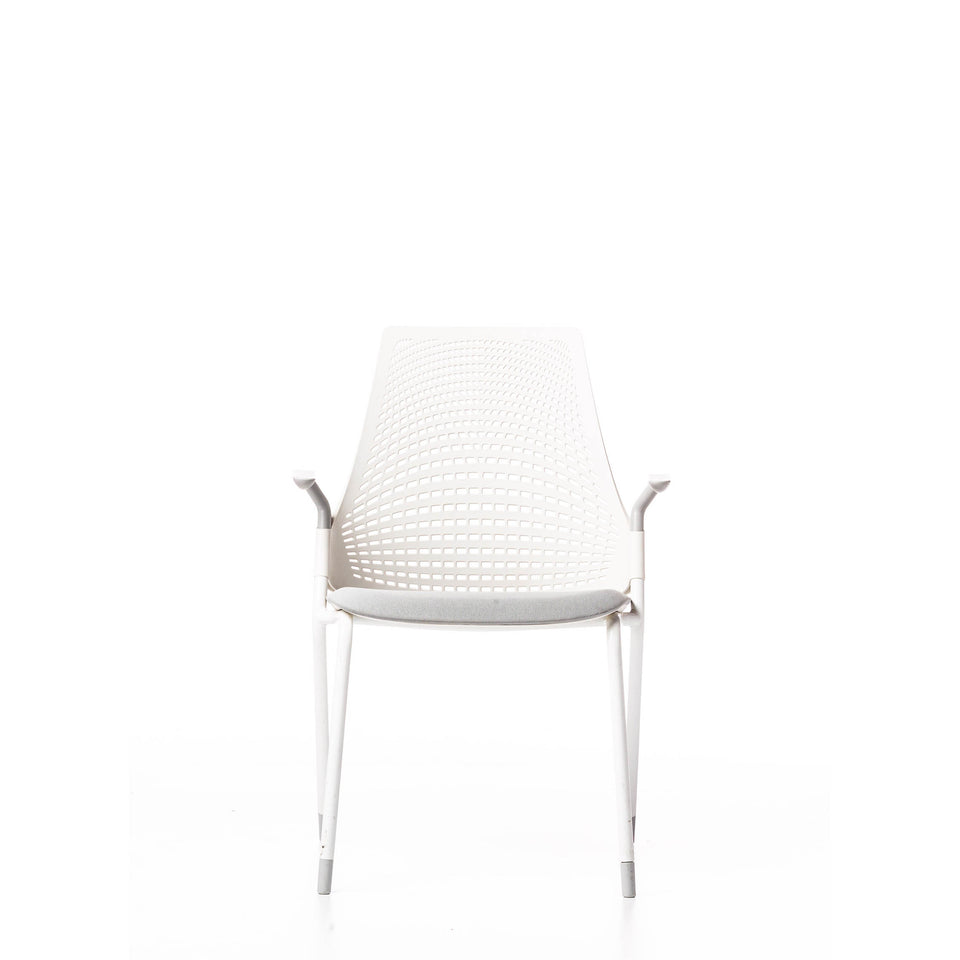 HERMAN MILLER SAYL 4 LEGGED