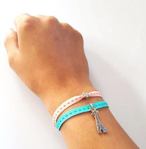 CHEEKY Bracelet with ribbons Giraffe - Peach/Emerald - No Memo