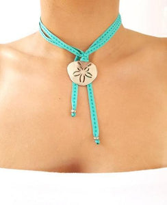 FEISTY Ribbon Necklace & Choker Pansy Shell / Sand dollar - Emerald - No Memo