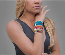 Load image into Gallery viewer, SPIRIT silk and leather bracelet/choker